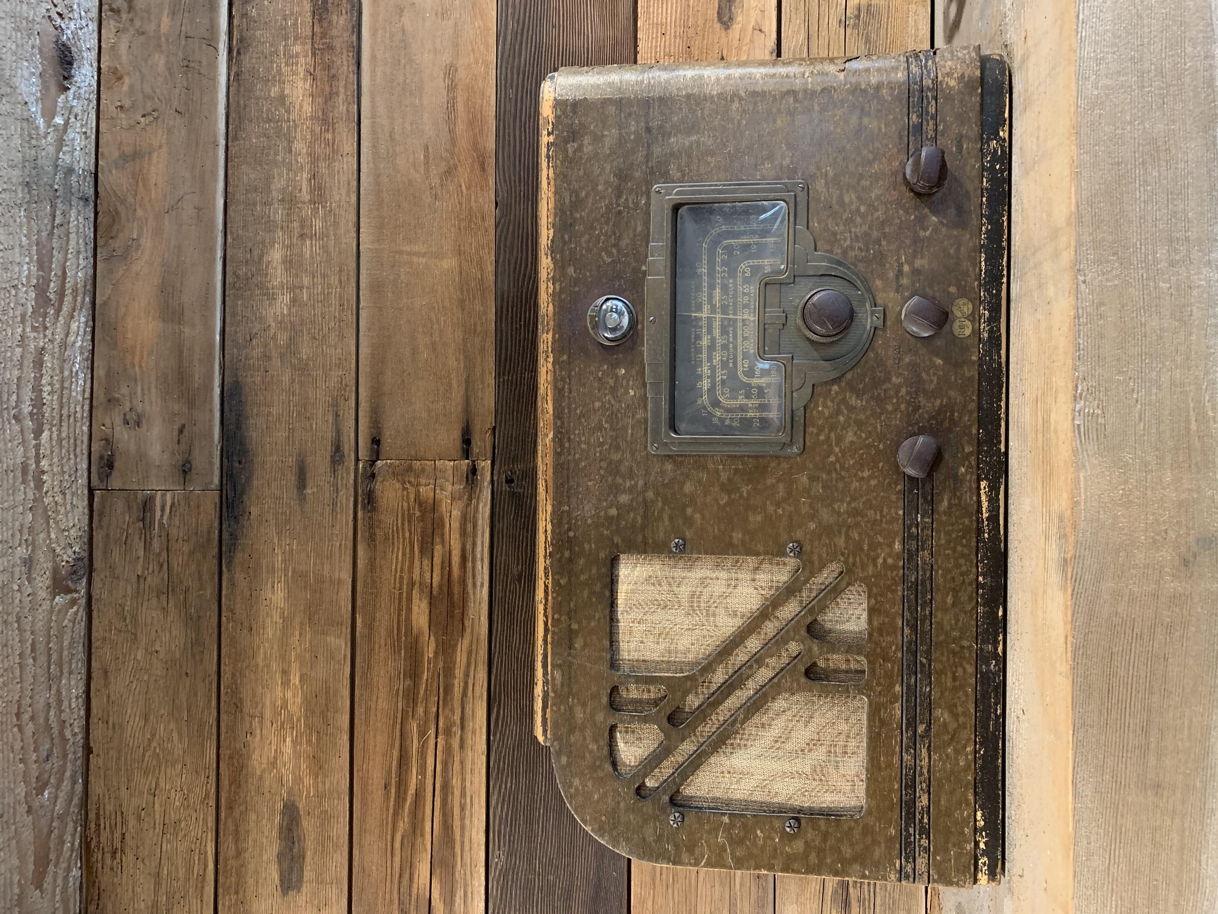 Vintage Distressed Radio